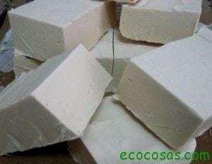 jabon 300x232 Limpieza ecológica y gratis