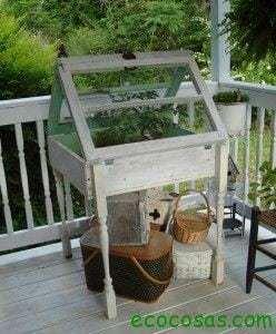 7 ideas creativas para reutilizar las ventanas viejas 12