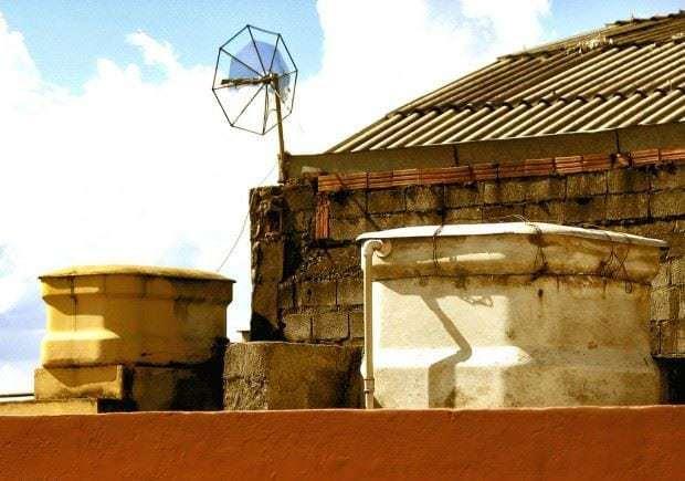 2328248212 b3bcfd0858 b Mini hidroeléctrica con el tanque de agua de tu casa