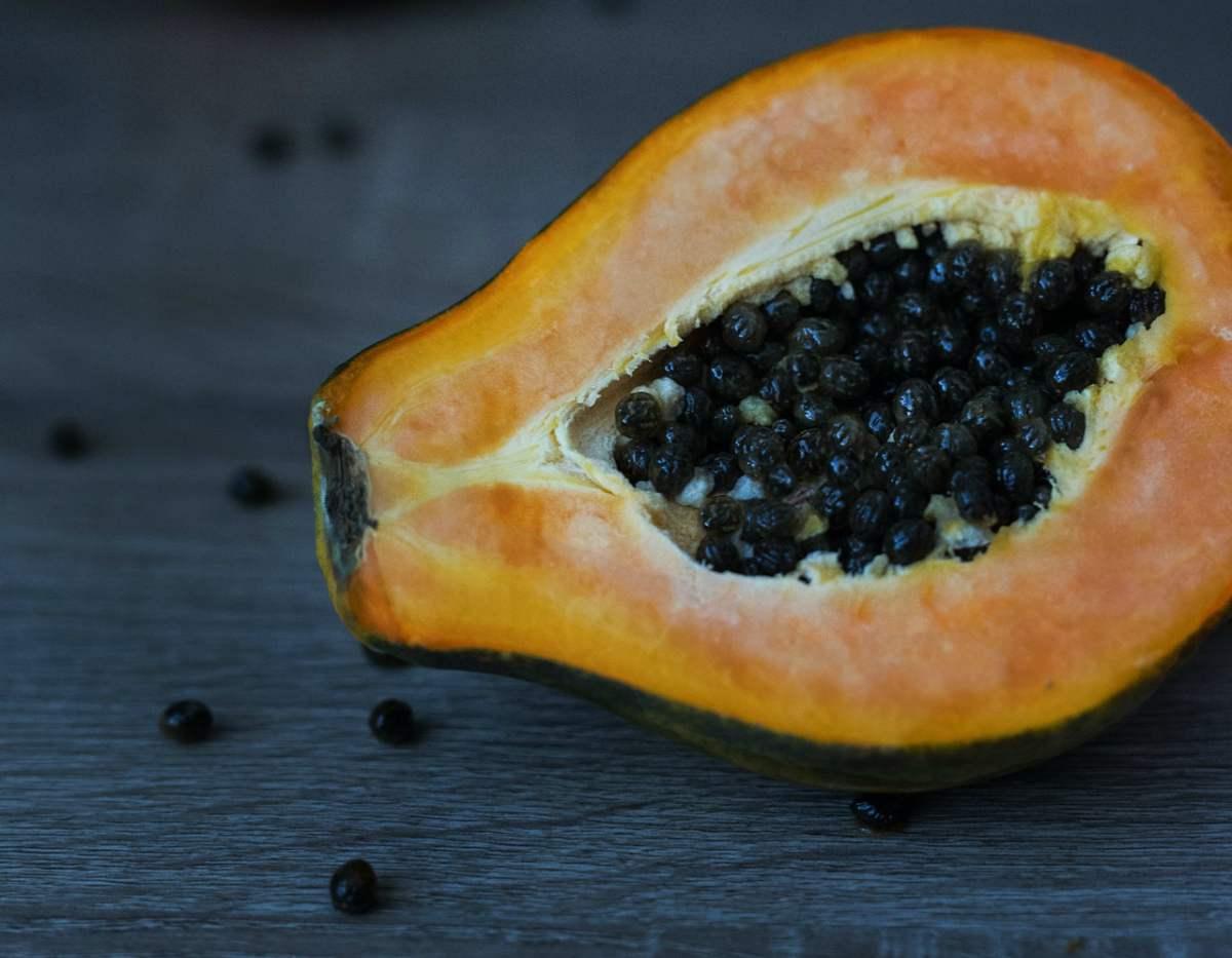 que propiedades tiene la papaya