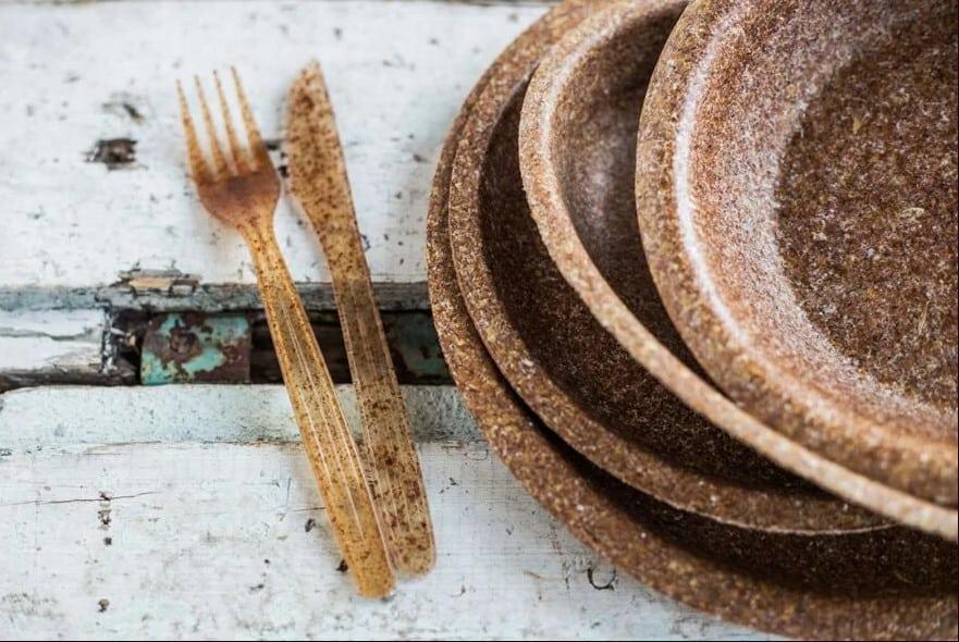 Platos y cubiertos desechables y comestibles 1