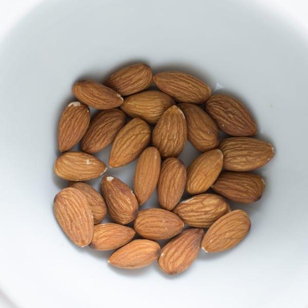 Aceite de almendras dulces para adelgazar