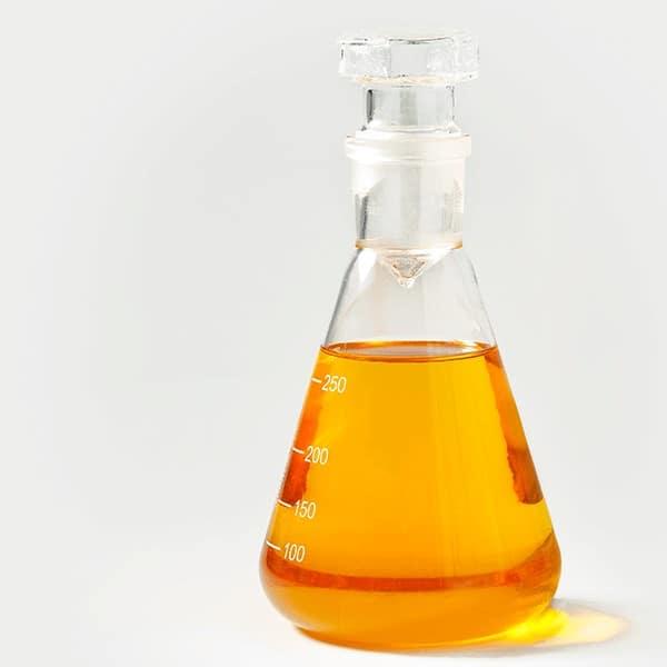 Todo sobre la trementina. Sus usos en esencia y en aceite