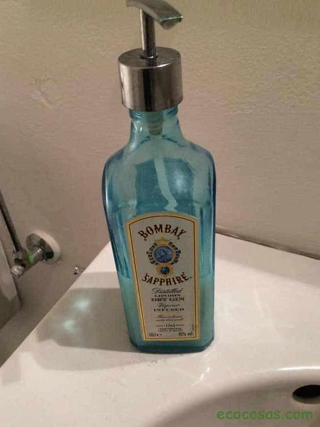 Manualidades con botellas de vidrio o cristal 1