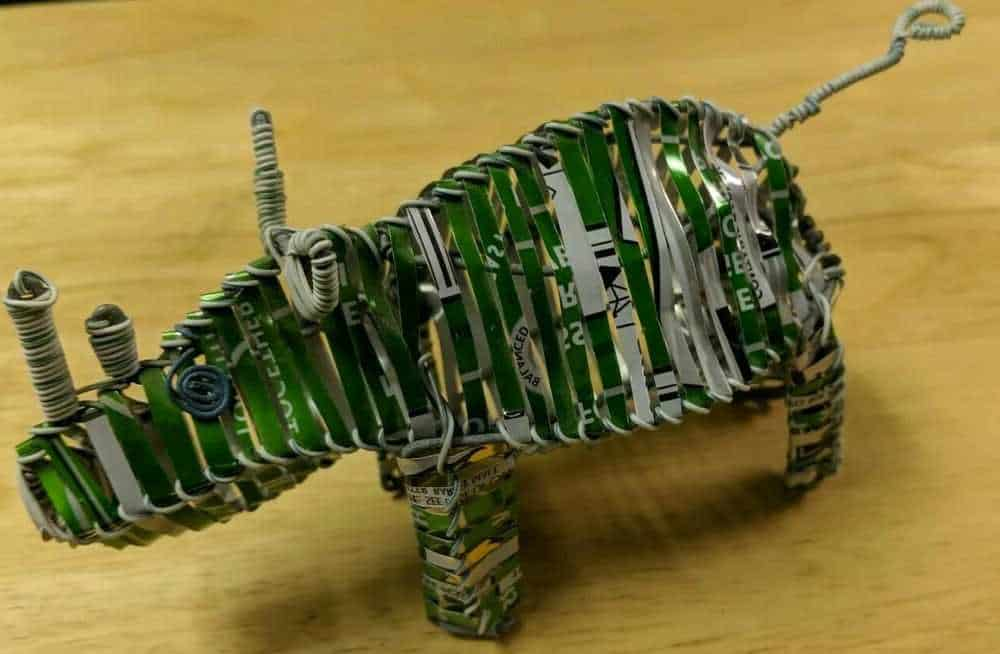 Ideas para reciclar el aluminio: manualidades con latas de refresco, de conserva y botes de leche 2