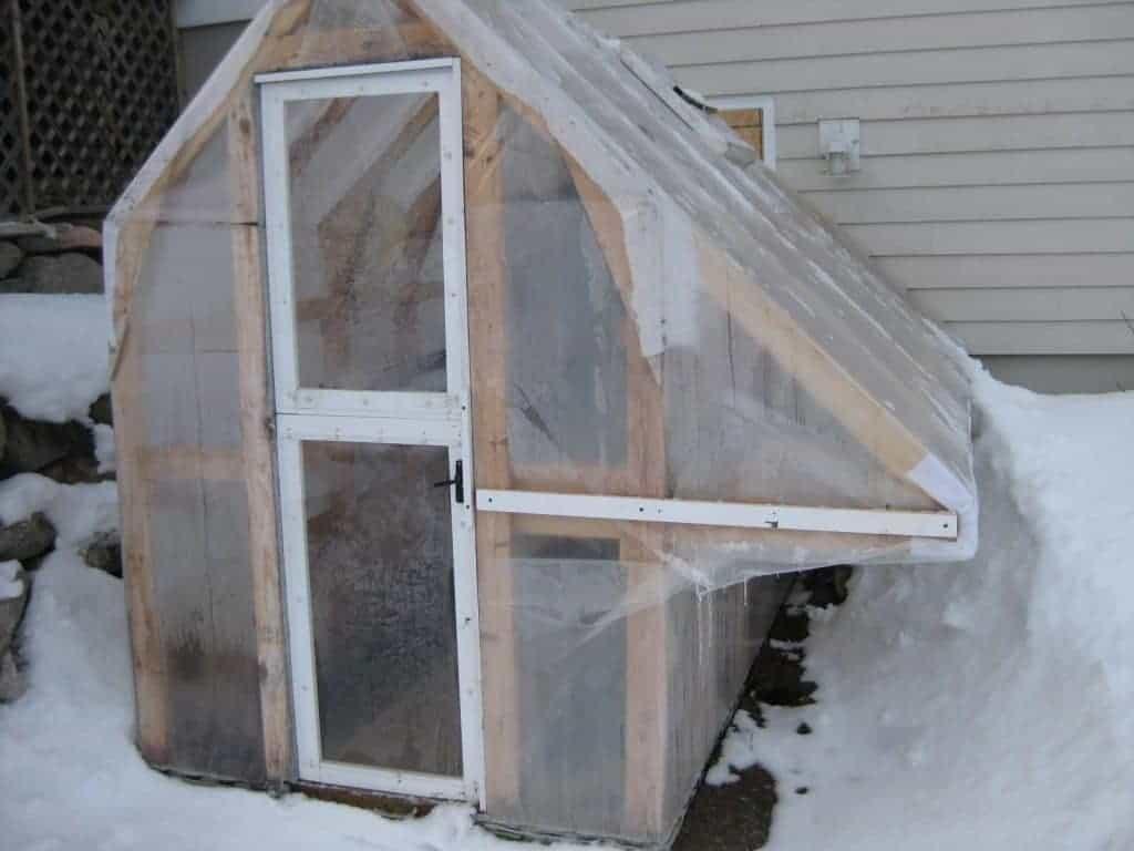 Invernadero casero DIY: 10 planos y algunas ideas para crearlo 14