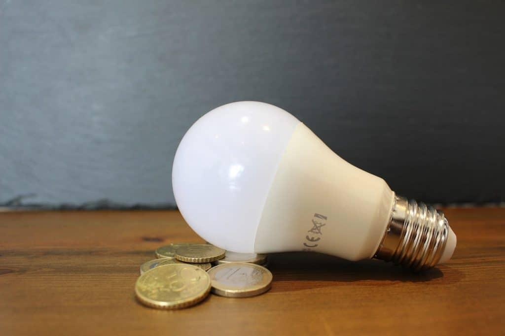 Consejos para ahorrar en tu factura de la luz 1